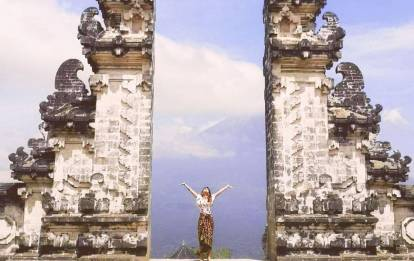 Heaven Gate Lempuyang Temple Tour